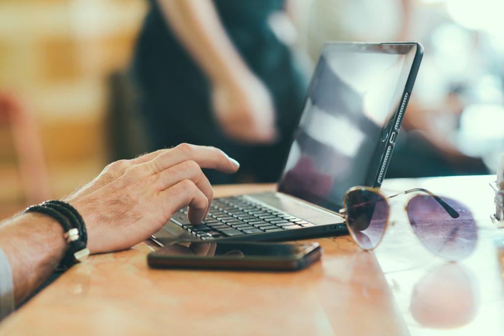 副業初心者におすすめの稼ぎ方 ポイントサイトの活用方法