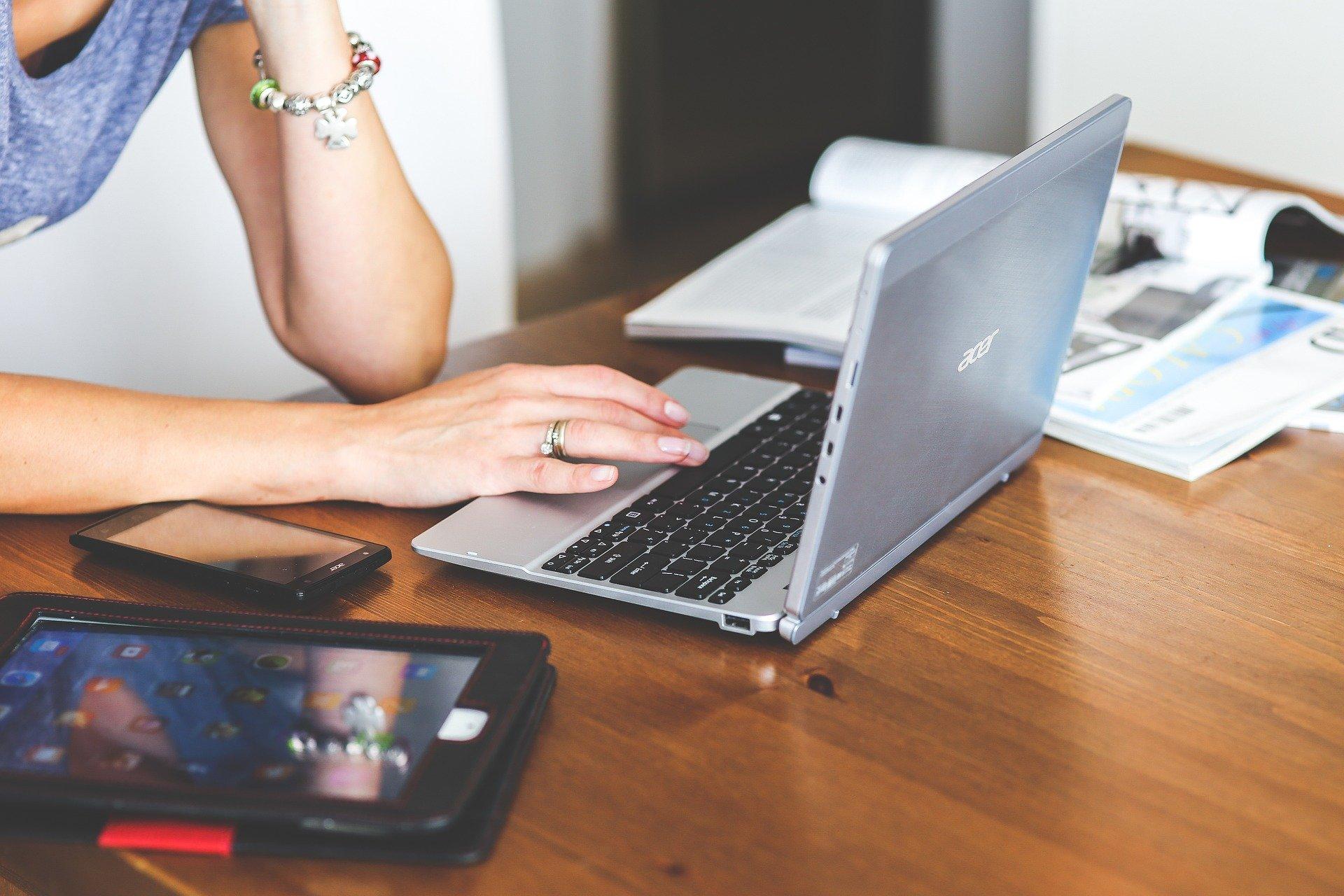 初心者でもできるネットビジネス 副業でおすすめのネットビジネス4選